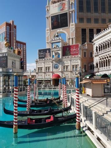 Venetian außen2