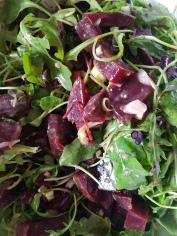 Rote Bette mit Blattsalat