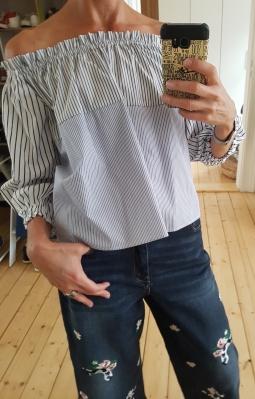 Off-Shoulder Bluse von Marc Cain