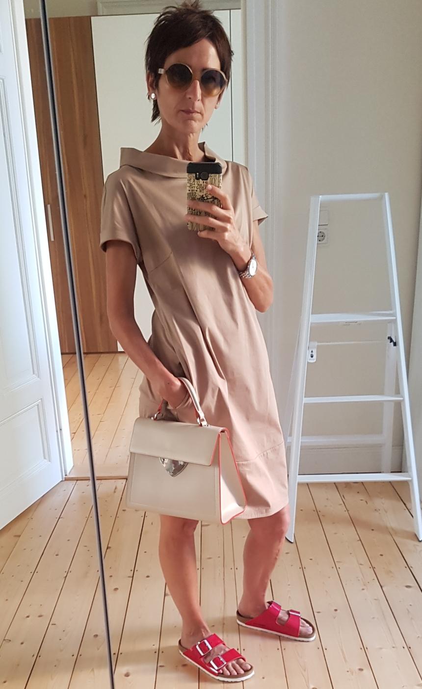 Kleid mit Seitentaschen