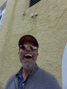 Schatzi findet Kaugummi auf den Zähnen witzig...ich auch...