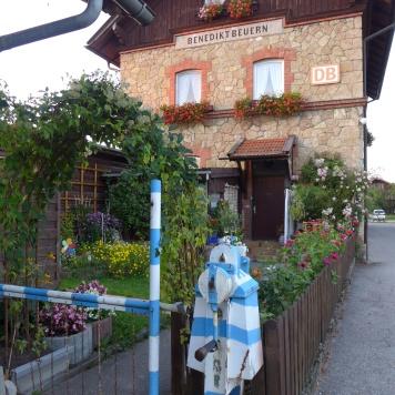 Bahnhof Benediktbeuren. Sweet