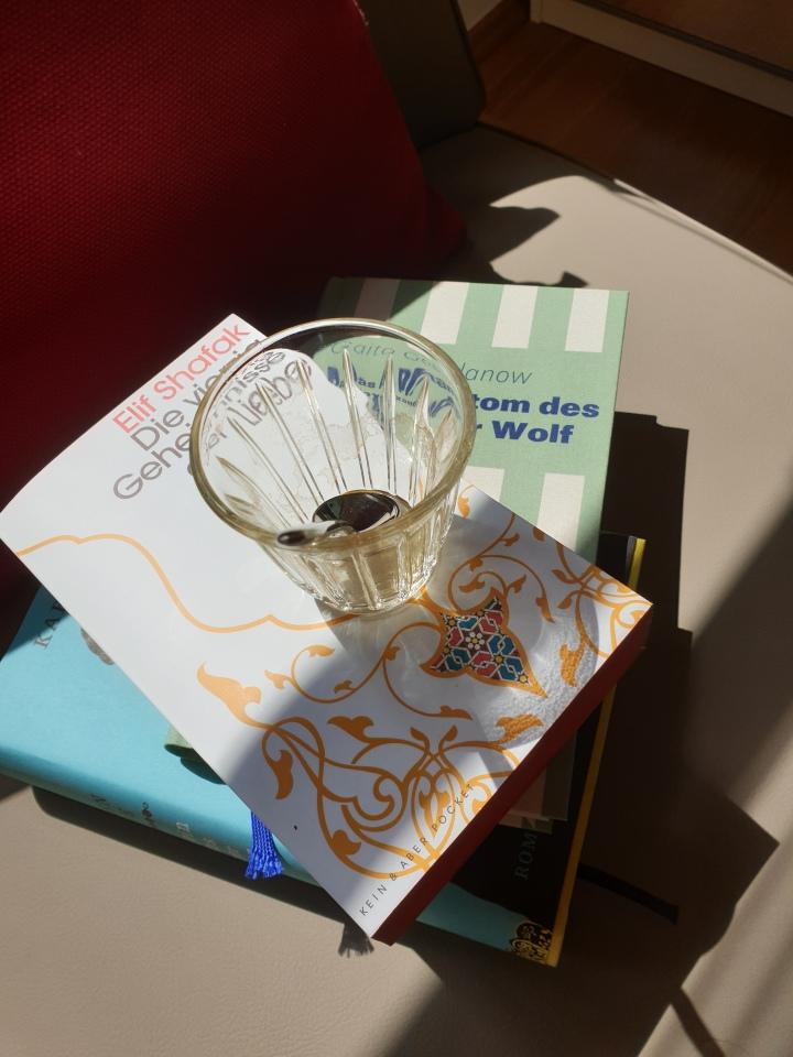 Handlesen, Liebe undTraumdeutung